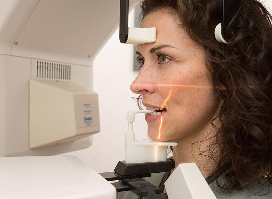 Zahnarztpraxis Stuttgart - CMD Craniomandibuläre-Dysfunktion - Kopfschmerzen